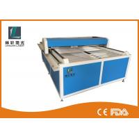 Flat Bed Glass Tube CO2 Laser Engraving Cutting Machine For Wooden Arts / Crafts Manufactures