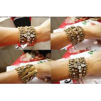 China Beautiful restro crystal gold plated bangles bracelets metal casting jewelry on sale
