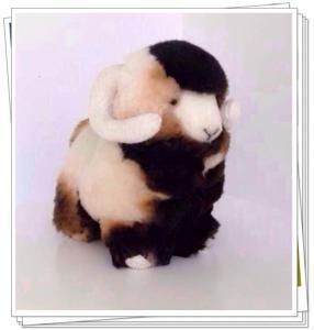Quality sheepskin toys material:sheepskin shape:sheep color:white,natural,grey,blue for sale
