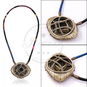China Marvel Props Doctor Strange Necklace Eye Of Agamotto Amulet Fluorescent Glow on sale