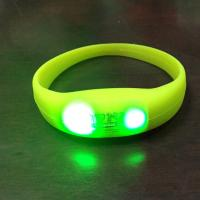 LED Pulse Remote Control Radio Controlled Silicone Wristband Sound Motion Activated Light Bracelet Manufactures