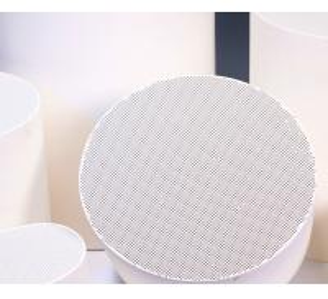 Ceramic Catalyst Carrier , 100CPSI Diesel Engine SCR Ceramic Substrate Manufactures