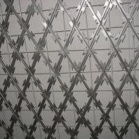 Welded razor wire mesh fence, easy to install Manufactures