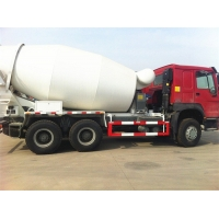 China SINOTRUK HOWO 6x4 336ph 8m3 Concrete Mixer Truck on sale