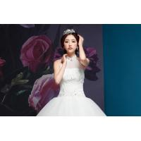Graceful Diamond Halter Neck Wedding Dresses with Sweep Train for Summer , spring , winter Manufactures