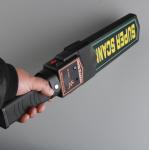 Light / Voice Alarm Walk Through Metal Detector , Hand Held Metal Detector Wand Manufactures