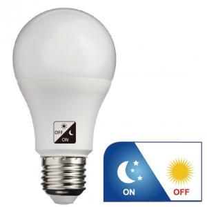 Buy cheap WW 806lm Dawn To Dusk Outdoor Light Bulbs , A60 E27 LED Dusk To Dawn Bulb from wholesalers