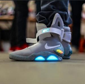 2017 AIR Mag Marty McFlys Sneakers Glow In The Dark Men