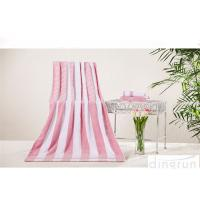 Durable Striped Bath Towels Red Color Environmentally Friendly