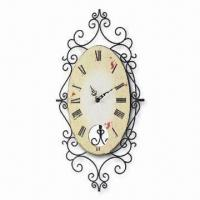Vintage-style Wrought Iron Pendulum Wall Clock with Roman Numerals Manufactures
