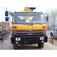 Quality 2019s best price 4*2 8tons truck mounted crane for sale, factory sale good price dongfeng 8tons cargo truck with crane for sale