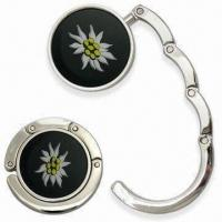 Round-shaped Contractible Handbag Hanger with Embedded Magnet, Made of Zinc Alloy Manufactures