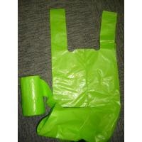 Green Durable T Shirt Plastic Bags On roll for Shopping , Plastic merchandise bags Manufactures