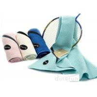 China Solid Color Waffle Sports Gym Towels With Zippered Pocket , Water Absorbent Towels 30*110cm wholesale