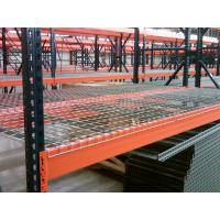 China Teardrop Upright Heavy Duty Pallet Racks Corrosion Protection With Wire Decking on sale