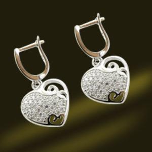 China Heart Shape Silver Earrings CZ Jewelry Earrings Micro Pave Earrings (RSA5380-E) on sale