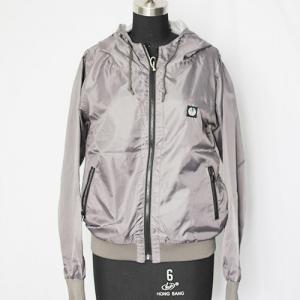 China Sportswear Winter Warm Windbreaker Jacket Zipper Closure Anti - Fouling on sale