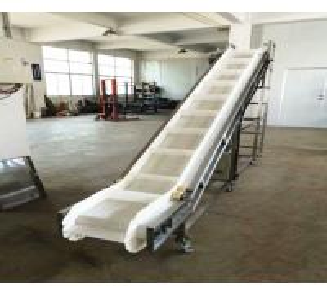 China Plastic Chain Belt Conveyor Automation High Elasticity Wear Resistance on sale