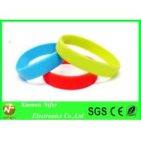 Fashion Custom Silicone Wristbands / Colorful Sport Bracelet Manufactures