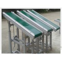 China Powered V Flat Belt Conveyor Carbon Steel Material 0.4kW - 22kW For Climbing on sale