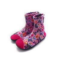 China Thick Sport  Womens Neoprene Boots High Traction Integrated Design Warm Keeping on sale