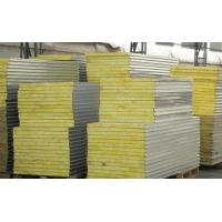 Sound / Fire Proof Insulated Sandwich Panel Wall Boards 30 - 45kg Density Manufactures