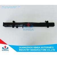 Inlet Pipe 31mm Auto Parts Radiator Plastic Tank For Toyota Hiace Manufactures