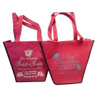 75g Pink Trapezium Nonwoven Fabric Reusable Carrier Bags With Customized Logo For Girls Manufactures