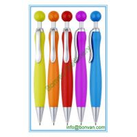 rubber sprayed special design gift ball pen, ball shape click action Manufactures