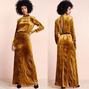 China Clothing Fashion Women Maxi Velvet Dress Casual on sale