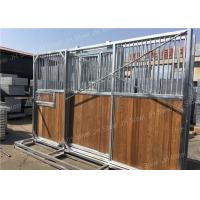 Quality Portable Horse Stable Stall With Bamboo Wood Panel , Power Coated Surface for sale