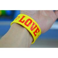 China silicone slap bracelet wristbands  , fashion silicone  bracelets on sale