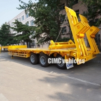 China Excavator Transport CIMC 60T Tri Axle Low Bed Trailer on sale