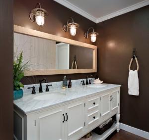 Double bowl bathroom vanity, solid wood bathroom vanity Manufactures