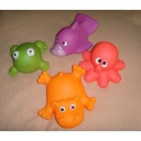 China Soft Bath Rubber Squirt Water Toy Floating Ocean Animal Shaped 10cm Width on sale