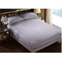 China Four - Corner Elastic Hotel Mattress Protector Feather Cotton And Outside Polyester Plain White on sale