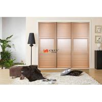 Professional Bedroom Armoire Sliding Louver Door , 15mm Laminated MDF UV Board Manufactures