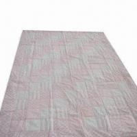 Fashionable Soft Quilt, Made of 100% Cotton 200TC Print Fabric, Measures 180 x 220cm Manufactures