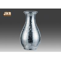China Modern Fiberglass Table Vase Homewares Decorative Items Silver Mosaic Glass Vases on sale