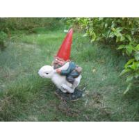 China 2011 new hot polyresin garden gnome statue on sale