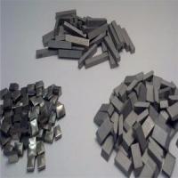 China Wood Metal Cutting Tungsten Carbide Saw Tips Power Tool Parts Customized Size on sale