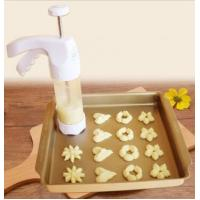 FBT010605 for wholesales cookie press decoration kit Includes 12 Fit Right cookie disc shapes Manufactures