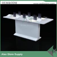 China Mobile phone electronics display stand wooden shopping mall display shop decoration on sale