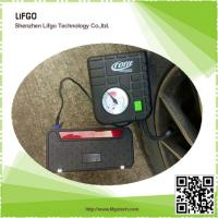 12V12000mAh Li-Po Battery Multifunctional Car Emergency Jump Starter Tool Kits with Traffic Lights built-in Manufactures