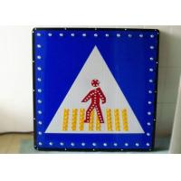 IP65 Solar Traffic Signs , LED Pedestrian Warning Signs Solar Powered Signage Manufactures