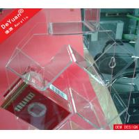 Shop Clear Wall Mounted Cigarette Display Holder Virgin Acrylic 25*10*40cm Manufactures