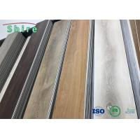 Oak Wood Look SPC Rigid Core Vinyl Flooring Stain Resistant With Transparent Wear Layer Manufactures