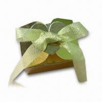 China Wedding Series Gold Gift Box, Measures 8 x 6 x 6cm, Ideal for Candies and Chocolates on sale