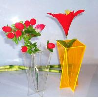 Simple Home Decoration Acrylic Flower Display Vase Clear Yellow Manufactures