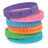 Promotional Debossed Silicone bracelet/wristband Manufactures